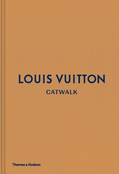 Louis Vuitton Catwalk - Louise Rytter